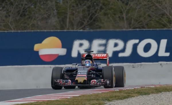 F1-2015-MONTMELO-Jeudi-26-fevrier-TORO-ROSSO-RENAULT-SAINZ-junior-Photo-Antoine-CAMBLOR