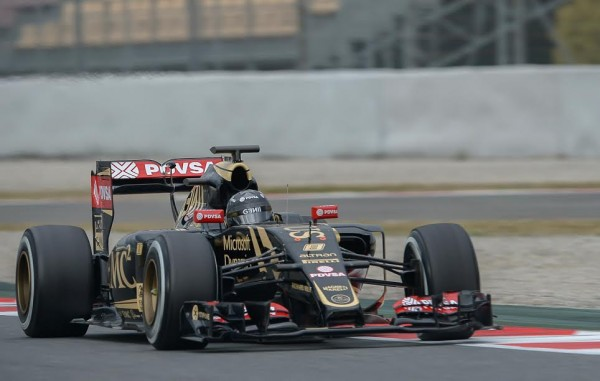 F1-2015-MONTMELO-LOTUS-MERCEDES-de-Romain-GROSJEAN-Jeudi-26-février-Photo-Antoine-CAMBLOR