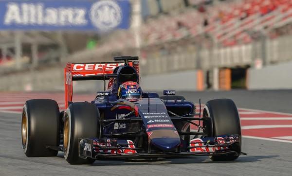 F1-2015-MONTMELO-Max-VERSTAPPEN-Team-TORO-ROSSO-RENAULT-Photo-Antoine-CAMBLOR