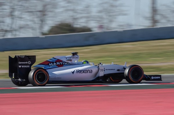 F1-2015-MONTMELO-Samedi-28-fevrir-MASSA-et-sa-WILLIAMS-MERCEDES-Photo-Antoine-CAMBLOR