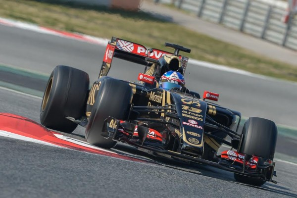 F1-2015-MONTMELO-Test-20-Février-JOLYON-PALMER-Team-LOTUS-MERCEDES-Photo-Antoine-CAMBLOR
