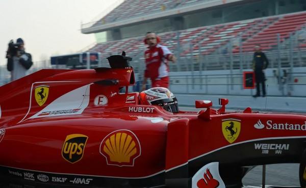 F1-2015-MONTMELO-Test-20-Février-SCUDERIA-FERRARI-KIMI-RÄIKKONEN-Photo-Antoine-CAMBLOR