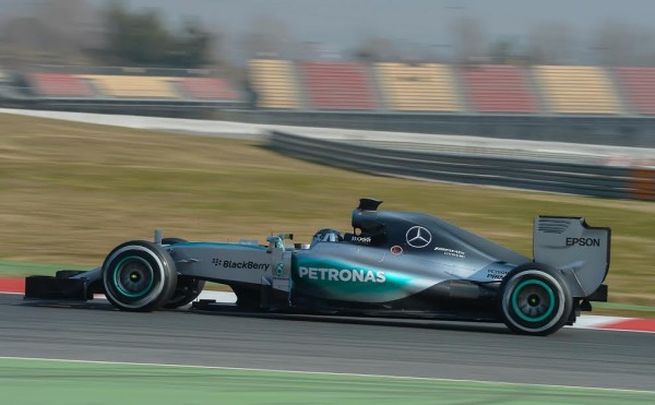 F1-2015-MONTMELO-Test-20-Février-Team-MERCEDES-NICO-ROSBERG-Photo-Antoine-CAMBLOR