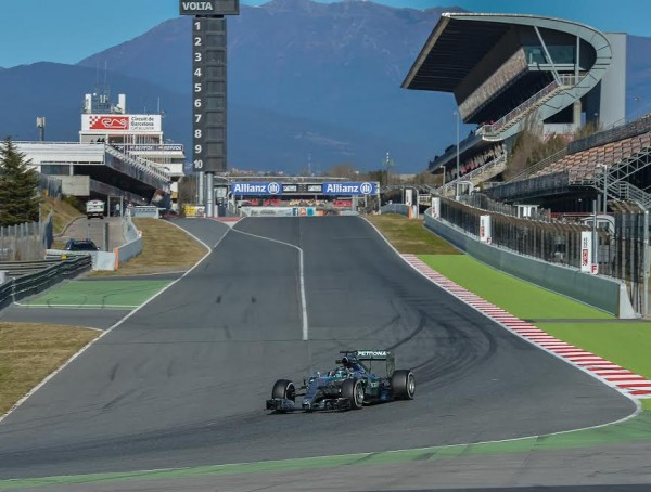 F1-2015-MONTMELO-Test-27-février-NICO-ROSBERG-Photo-Antoine-CAMBLOR.
