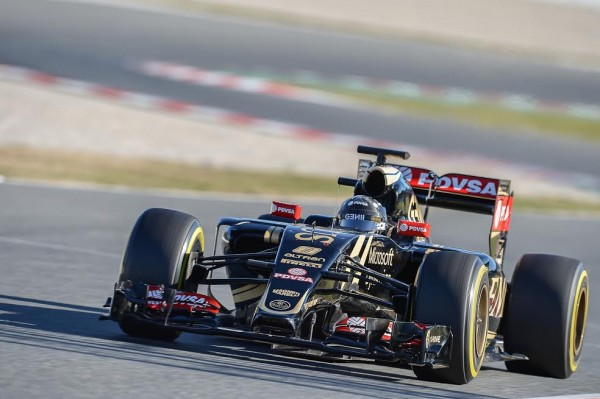F1-2015-MONTMELO-Test-22-février-ROMAIN-GROSJEAN-Photo-Antoine-CAMBLOR