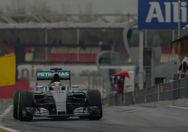 F1-2015-MONTMELO-Test-Jeudi-26-fevrier-MERCEDES-HAMILTON-Photo-Antoine-CAMBLOR