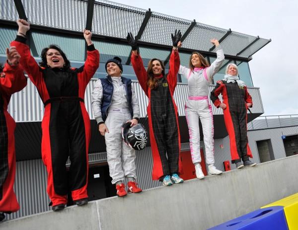 LES FEMMES et les 24 Heures avant la course en Kart