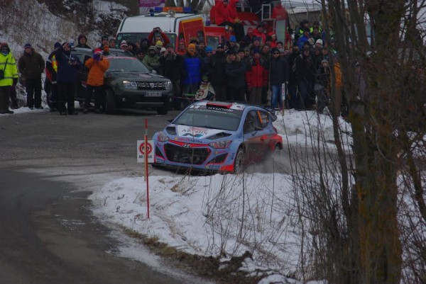 MONTE-CARLO-2015-HYUNDAI-i20-WRC-ES5-Photo-Gregory-PERROT.