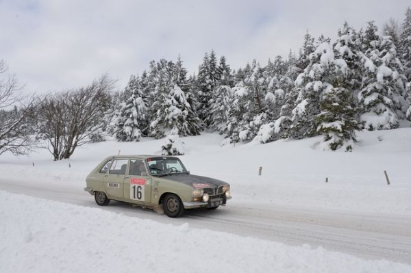 MONTE-CARLO-HISTORIQUE-2015-La-R16-RENAULT-de-Michel-LECLERE-Photo-HAASE-CLASSIC-Photo