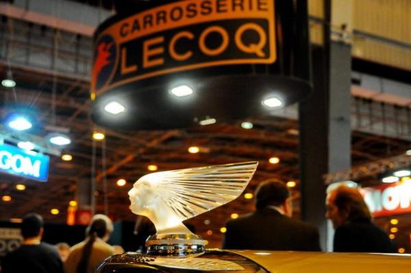 RETROMOBILE-2015-Bouchon-de-radiateur-Lalique-chez-le-carrossier-LECOQ-Photo-Patrick-MARTINOLI-autonewsinfo.