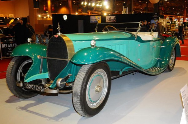 RETROMOBILE-2015-Stand-BUGATTI-ROYALE-Coupe-ESDERS-du-Musee-Collection-SCHLUMPF.
