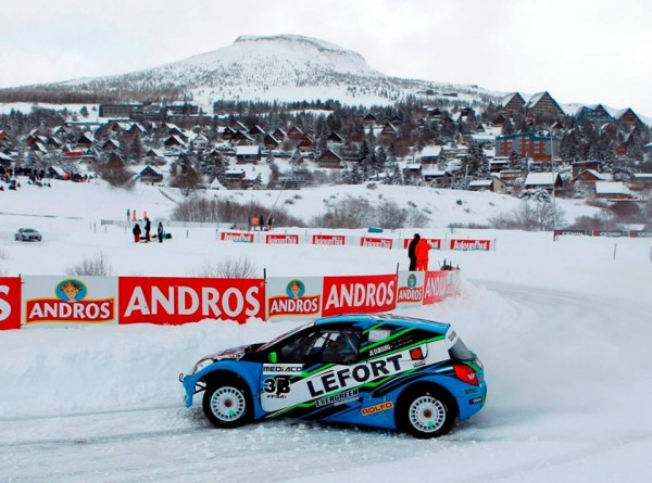 TROPHEE-ANDROS-2015-SUPER-BESSE-DUBOURG-CLIO-3-du-DA-Racing-Photo-Bernard-BAKALIAN