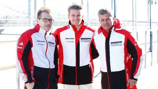 PORSCHE-LMP1-2014-les-patrons-assistent-aux-1ers-tours-de-roue-a-WEISSACH-Fritz-Enzinger-Wolfgang-Hatz-et-Matthias-Müller-Photo-PORSCHE-AG