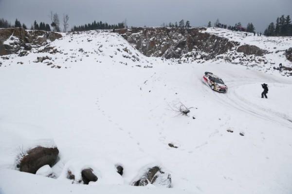 SUEDE-Mads-OSTBERG et la DS3 CITROEN filent vers la victoire en guise de préparation au Rallye de Suède