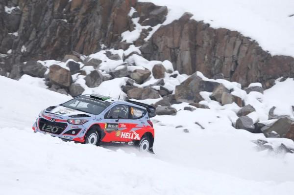 WRC-2015-SUEDE-HYUNDAI-I20-WRC-de-HAYDEN-PADDON.