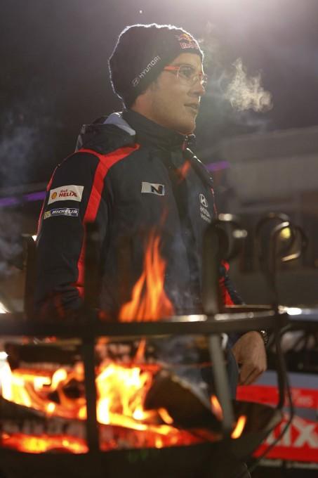 WRC-2015-SUEDE-HYUNDAI-i20-WRC-Thierry-NEUVILLE-SECOND-le-15-fevrier.
