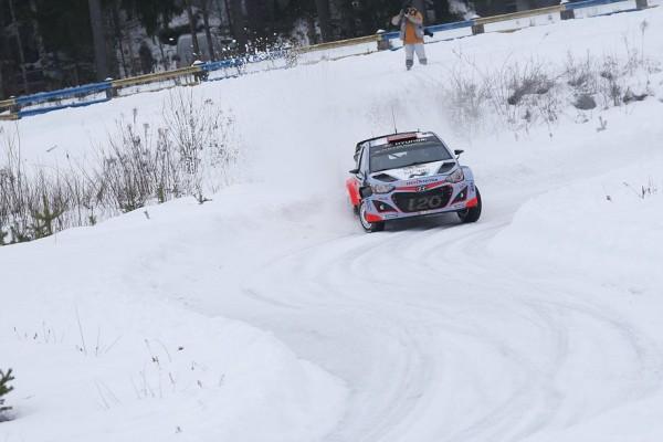 WRC-2015-SUEDE-HYUNDAI-i20-WRC-de-Kevin-ABBRING