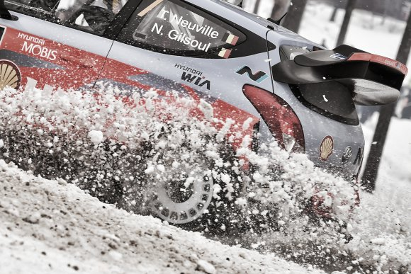 WRC 2015 SUEDE -HYUNDAI i20WRC de Thierry NEUVILLE.
