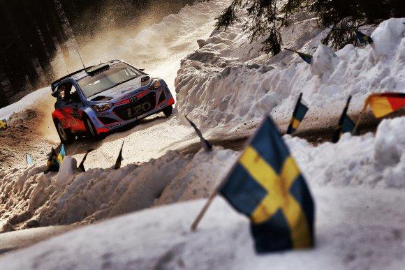 WRC-2015-SUEDE-Hayden-PADDON-HYUNDAI-i20WRC