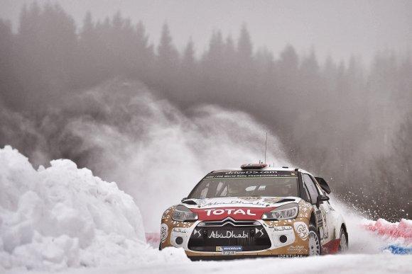 WRC-2015-SUEDE-La-DS3-CITROEN-de-OSTBERG.