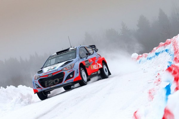WRC-2015-SUEDE-Thierry-NEUVILLE