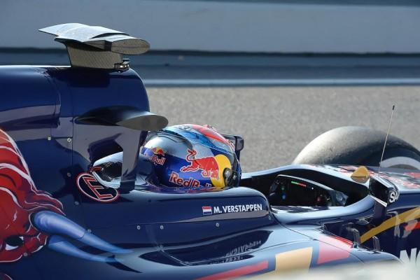 F1-2015-Circuit-de-Barcelone-Catalunya-Max-VERSTAPPEN-dans-la-TORO-ROSSO-RENAULT-Photos-Antoine-Camblor