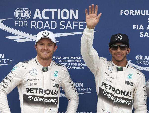 F1-2015-MELBOURNE-1er-doublé-des-pilotes-MER5CEDES-en-2015-avec-HAMILTON-1er-et-ROSDBERG-second