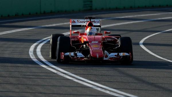 F1-2015-MELBOURNE-FERRARI-de-Sebnastian-VETTEL-3éme-pour-son-premier-GP-chez-les-ROSSO