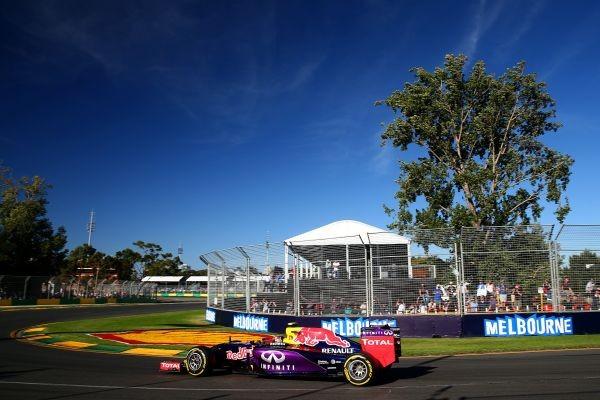 F1-2015-MELBOURNE-RED-BULL-RENAULT-de-Daniel-RICCIARDO