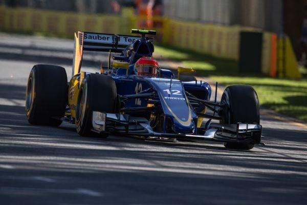 F1-2015-MELBOURNE-SAUBER-FERRARI-de-FELIPE-NASR