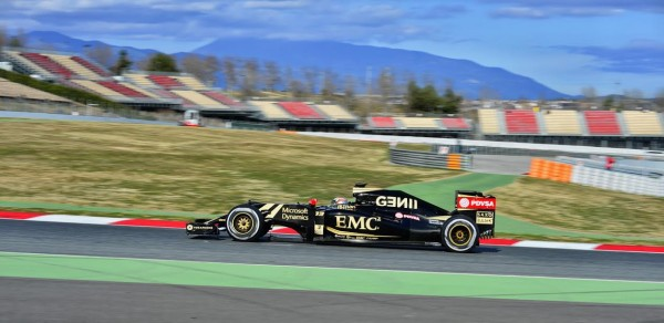 F1-2015-MONTMELO-27-FEVRIER-PASTOR-MALDONADO-LOTUS-MERCEDES-Photo-MAX-MALKA.