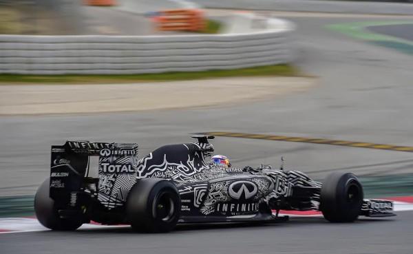 F1-2015-MONTMELO-Dimanche-1er-mars-DANIEL-RICCIARDO