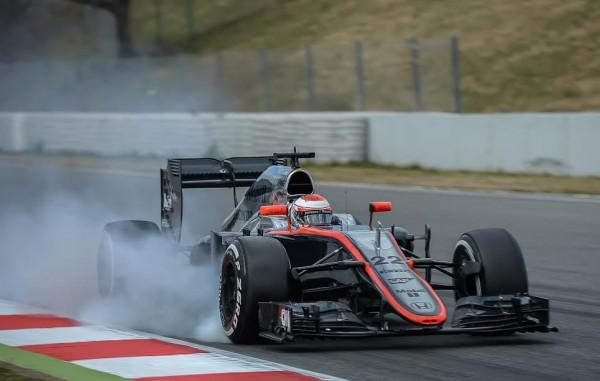F1-2015-MONTMELO-McLAREN-HONDA-de-Jenson-BUTTON-Jeudi-1er  MARS Photo-Antoine-CAMBLOR
