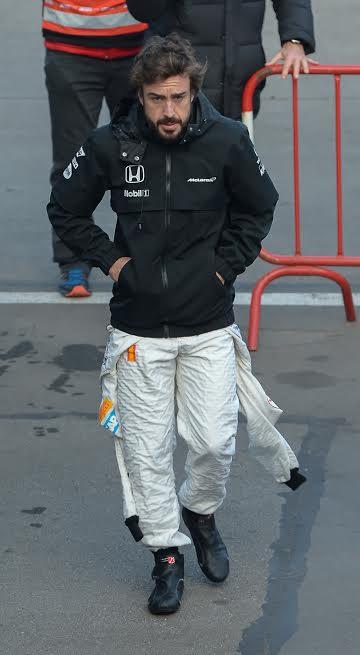 F1 2015 MONTMELO Test 20 Février - Fernando ALONSO Team McLAREN HONDA-Photo Antoine CAMBLOR.