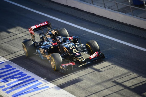 F1 2015 MONTMELO - Test Samedi 28 fevrier - FORMULA ONE TESTS DAYS - ROMAIN GROSJEAN LOTUS MERCEDES - Photo MAX MALKA