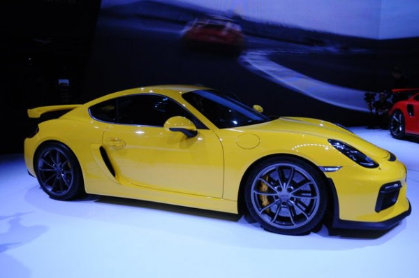 Geneve-2015-Stand-Porsche-