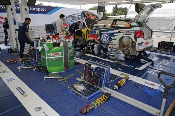 RALLYE-DU-MEXIQUE-2015-Assistance-Team-VW