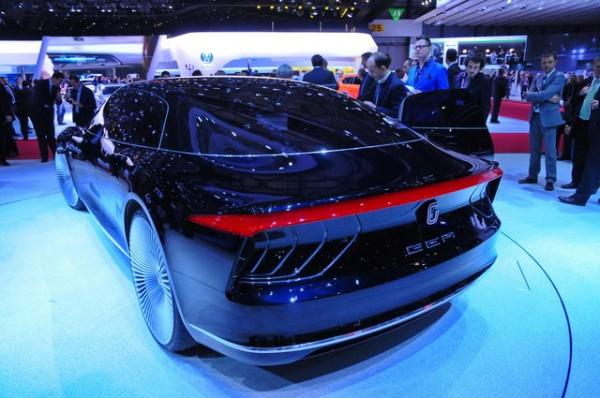 SALON-GENEVE-2015-Concept-car-GIUGARO