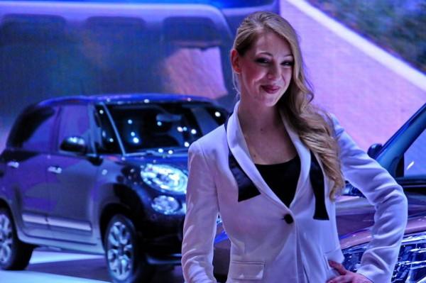 Salon de Geneve 2015 - Stand hotesses FIAT