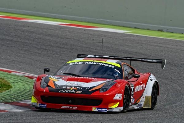 V-de-V-2015-Barcelone-Ferrari-458-GT3-du-Team-AKKA-ASP-de-BEAUBELIOQUE-BASTIEN-et-VAUTIER-Photo-Antoine-CAMBLOR.