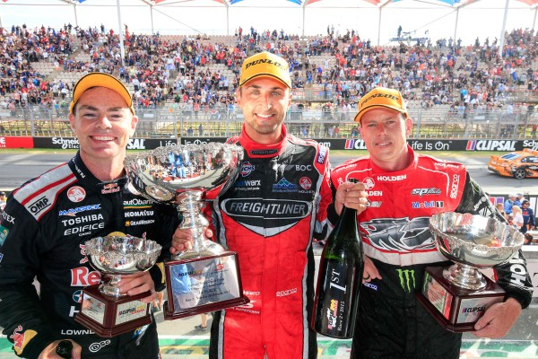 V8-SUPERCAR-2015-CLIPSAL-500-ADELAIDE-COURSE-2-LOWNDES-COUILTHARD-et-COURTNEY