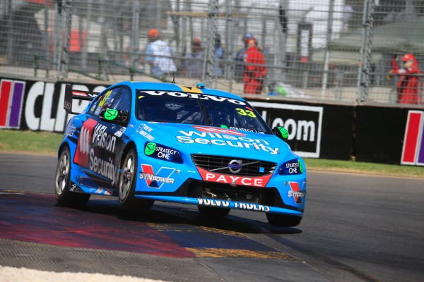 V8-SUPERCAR-2015-CLIPSAL-500-ADELAIDE-SCOTT-MCLAUGHLIN