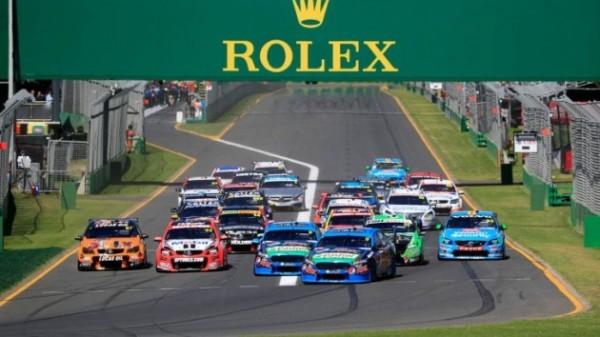 V8-SUPERCAR-2015-GP-AUSTRALIE-MELBOURNE-Les-FORD-de-WINTERBOTTOM-et-MOSTERT-menent-au-depart-devant-le-peloton