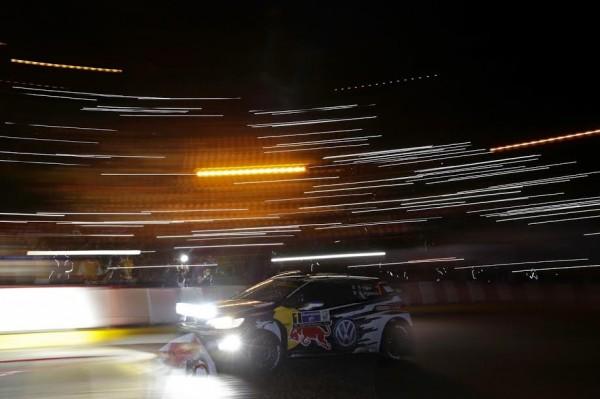 WRC-2015-MEXIQUE-LA-VW-de-Seb-OGIER-et-Julien-INGRASSI