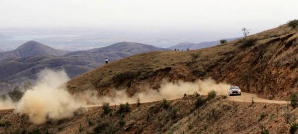 WRC-2015-MEXIQUE-La-DS3-de-CITROEN-de-MADS-OSTBERG.