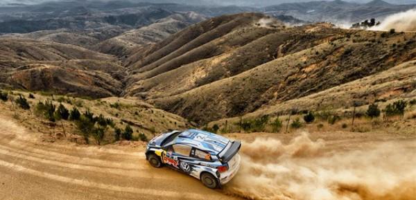 WRC-2015-MEXIQUE-OGIER-file-vers-la-victoire-avec-sa-VW-Polo-WRC.