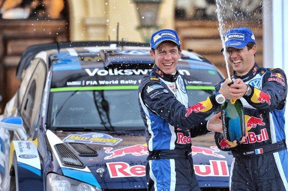 WRC-2015-MEXIQUE -Les-vainqueurs-OGIER-et-INGRASSIA