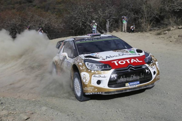 WRC-2015-Team-CITROEN-DS3-de-MEEKE