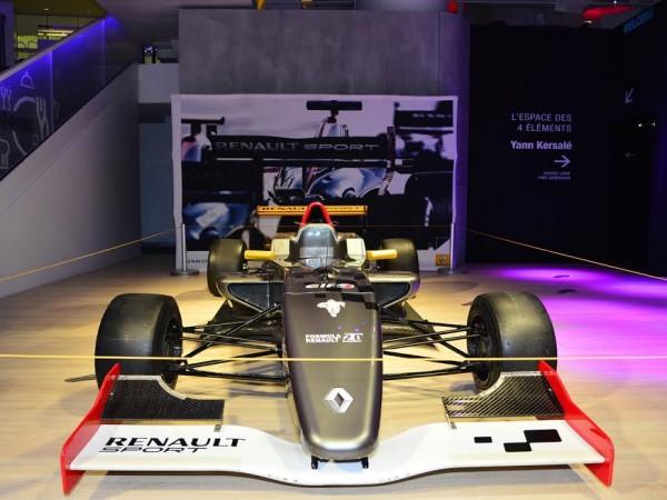 WSR-2015-Présentation-Atelier-RENAULT-a-PARIS-Mardi-17-mars-Formule-Renault-2-0-Photo-Max-MALKA