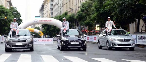 WTCC-2015-A-BUENOS-AIRES-Show-Equipe-CITROEN-Les-Ambassadeurs-de-la-marque-aux-chevrons.
